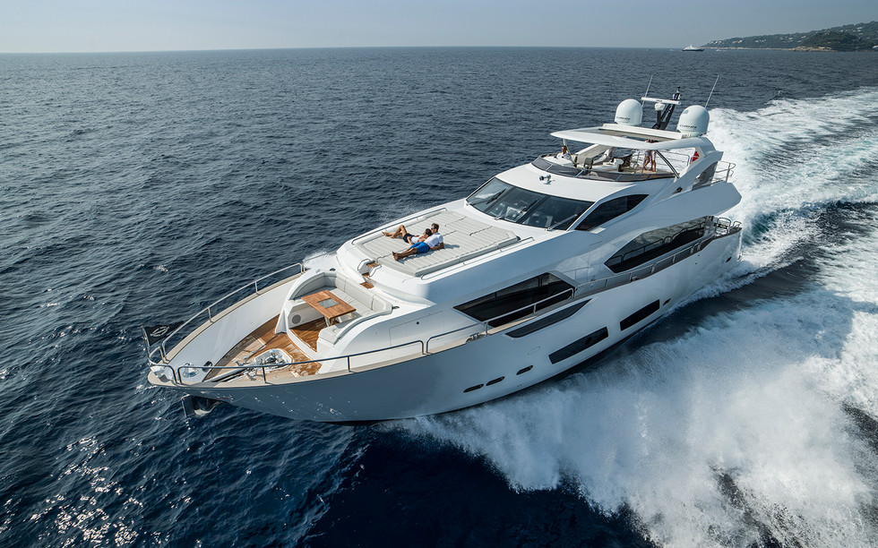 Sunseeker 95 Yacht (5)33.jpg
