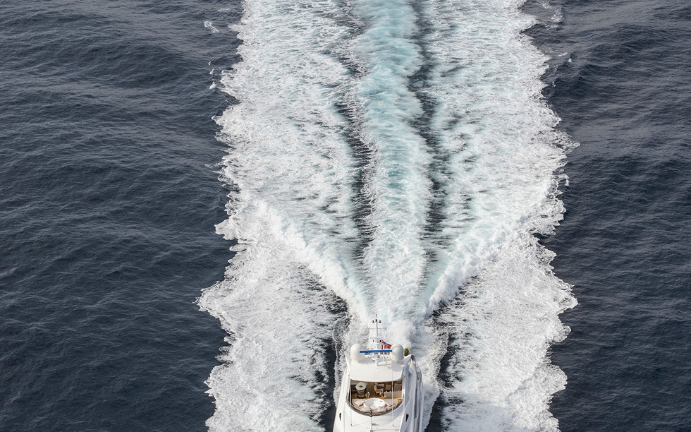 Sunseeker 131 Yacht (1)35.jpg