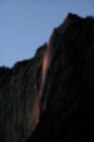 330px-2007-02-16_-_Horsetail_Fall_(Yosem