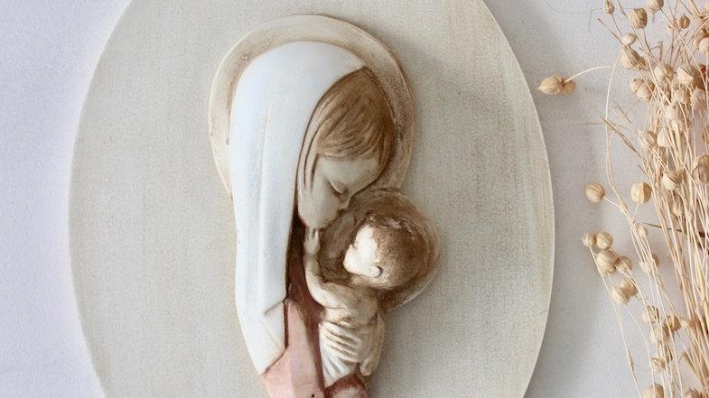 Virgen madre rosa