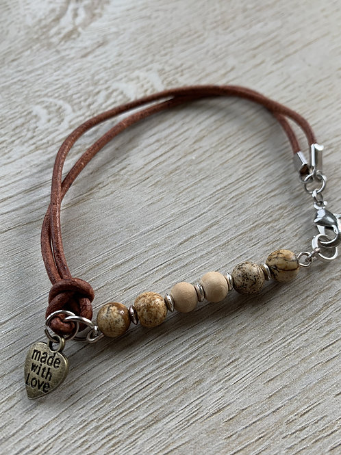 Precious Jasper Gemstone with leather bracelet