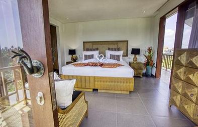 BL-guest-bedroom-2nd-floor.jpg