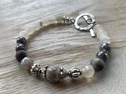 Precious Gemstone Agate & Crackled Agate Bracelet