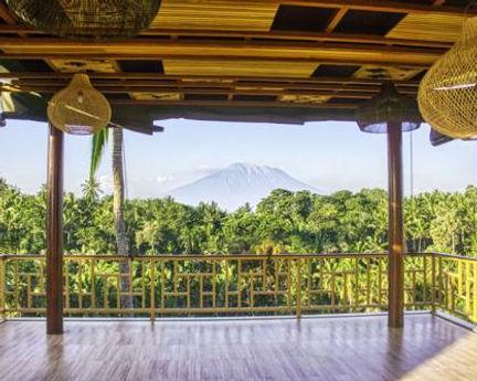 BL-yoga-Agung-Bali.jpg