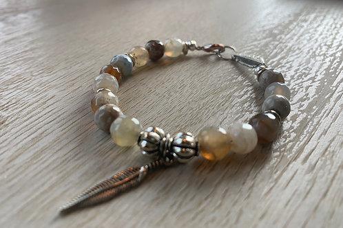 Precious Agate Gemstone bracelet
