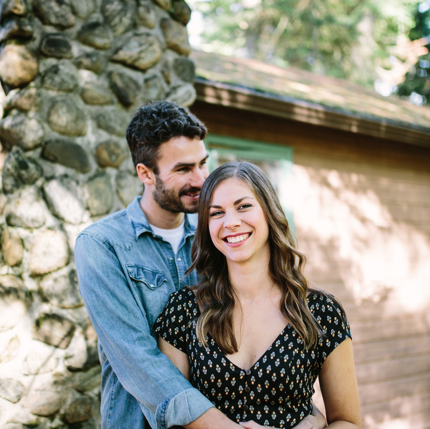 cottage engagement photos