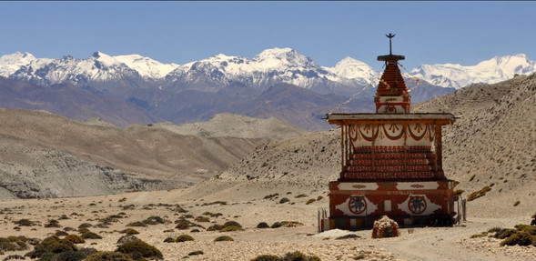 uppermustang  mountains small temple