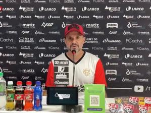 Nosso ambiente é muito positivo, classifica Wagner Lopes sobre evolução do Vitória na Série B