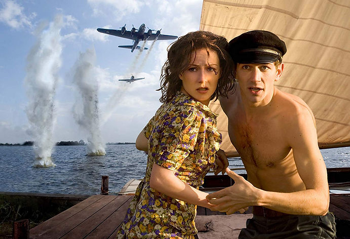 """Carice Van Houten and Michiel Huisen in 2006's """"Black Book."""""""