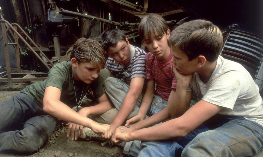 """Corey Feldman, Jerry O'Connell, Wil Wheaton, and River Phoenix in 1986's """"Stand By Me."""""""