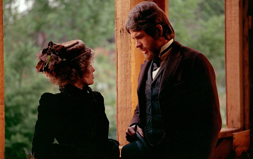 "Warren Beatty and Julie Christie in 1971's ""McCabe & Mrs. Miller."""