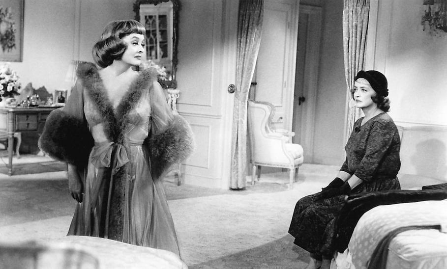 """Bette Davis in 1964's """"Dead Ringer."""""""