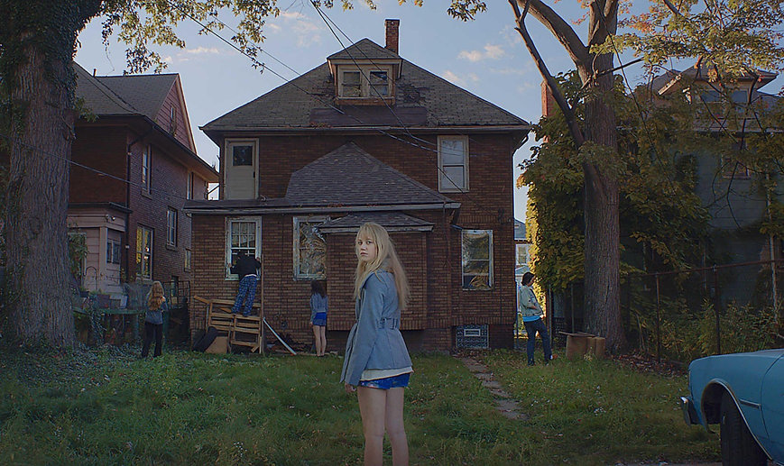 "Maika Monroe and her cohorts search for clues in 2015's terrifying ""It Follows""."