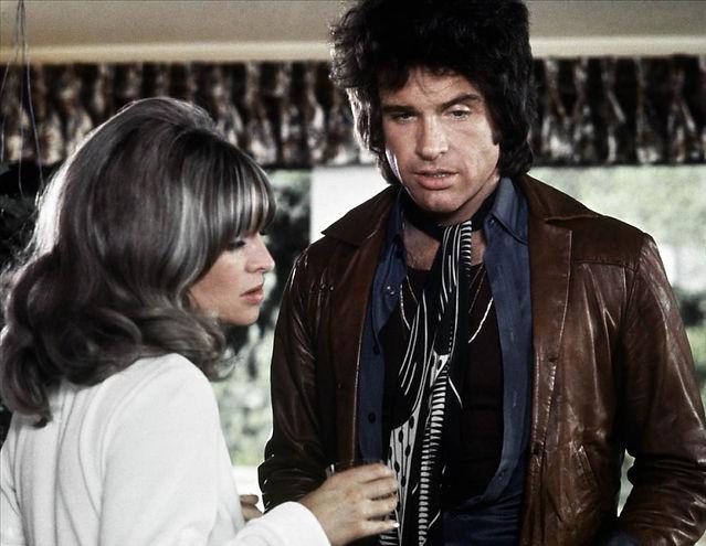 """Julie Christie and Warren Beatty in 1975's """"Shampoo."""""""