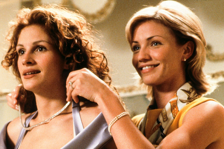 "Julia Roberts and Cameron Diaz in 1997's ""My Best Friend's Wedding."""
