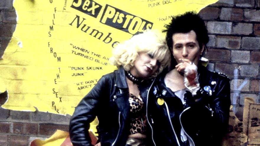 "Chloe Webb and Gary Oldman in 1986's ""Sid and Nancy."""