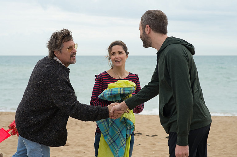 """Ethan Hawke, Rose Byrne, and Chris O'Dowd in 2018's """"Juliet, Naked."""""""