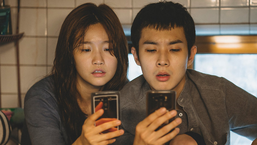 """Park So-dam and Choi Woo-sik in 2019's """"Parasite."""""""