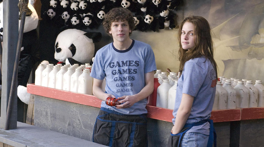 """Jesse Eisenberg and Kristen Stewart in 2009's """"Adventureland""""."""