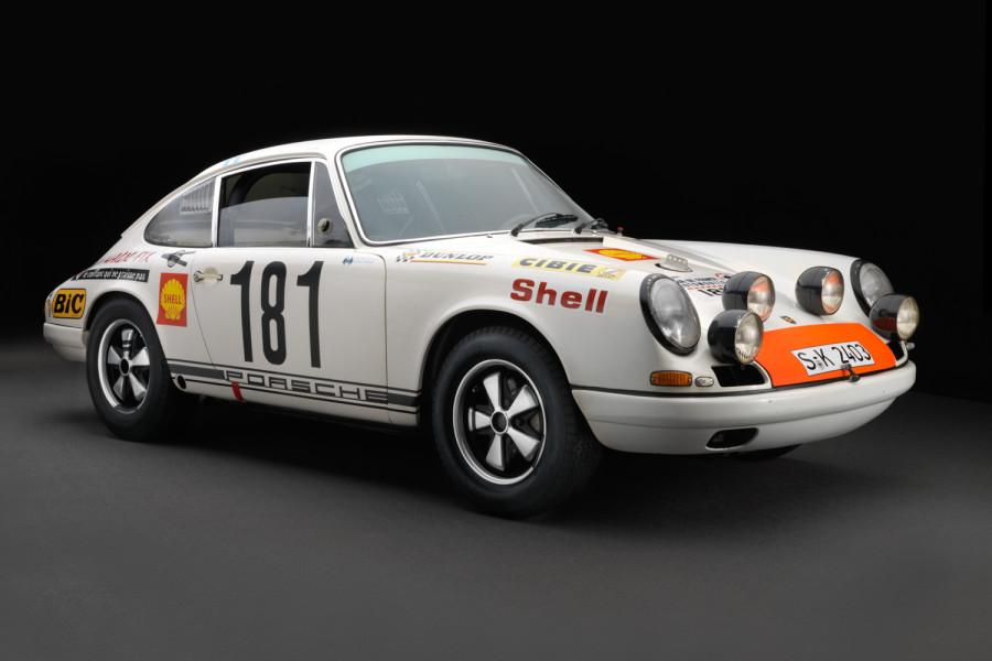 Porsche-911R-1967