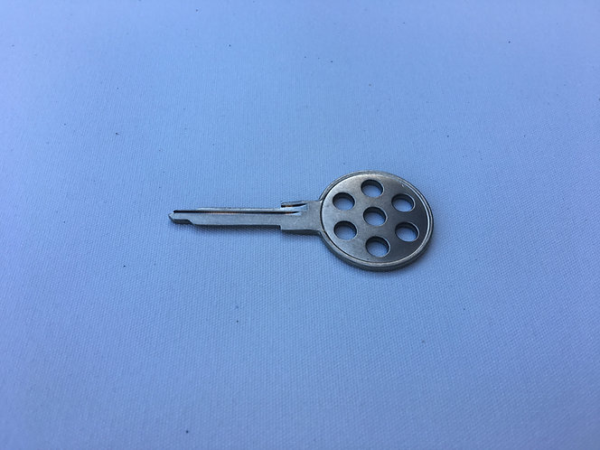 Rebel RSR Products Porsche 917 Replica Key Blank for 911