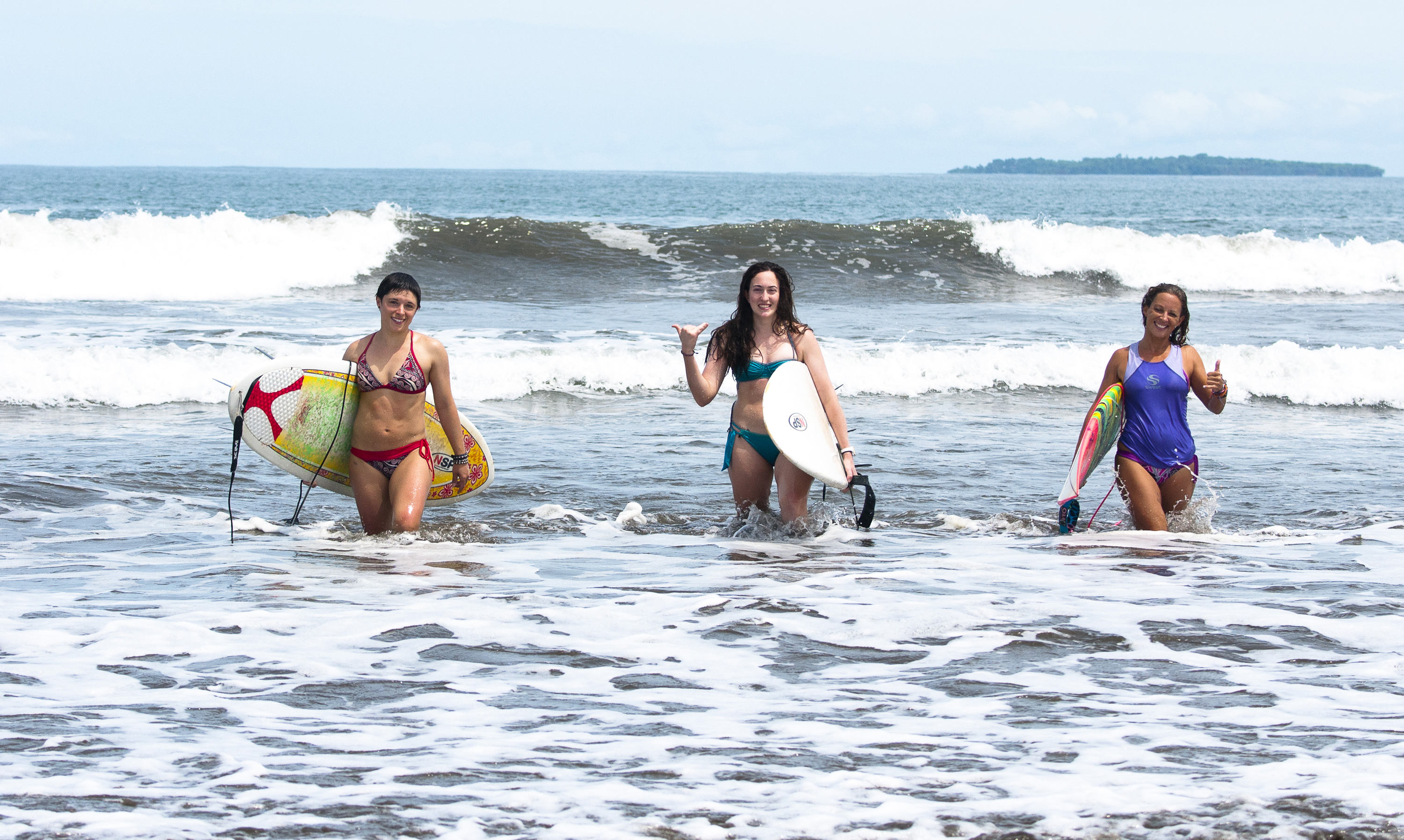 Make new surf sisters for life