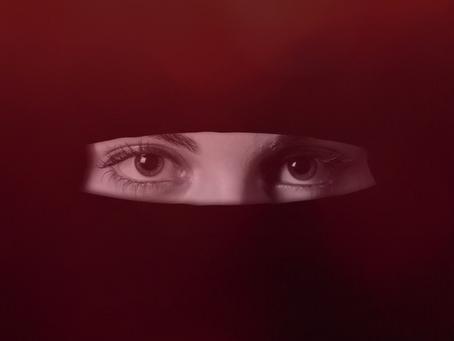 """ISIS – """"Äiti Terroristien"""" oikeudet hallituksen prioriteettina"""