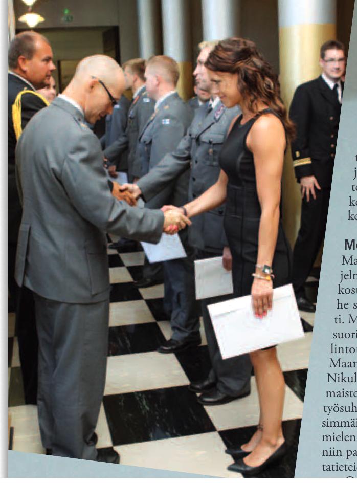 Kuvassa Teija Makkonen kansanedustajaehokas. Defensor Patriae. Maanpuolustuskorkeakoulun lehti 3/2013