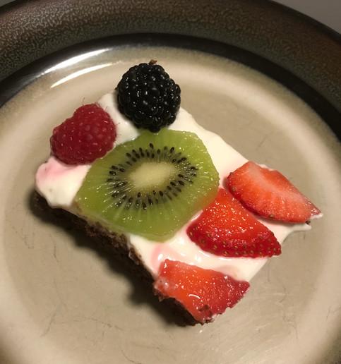 Healthier Brownie Fruit Pizza