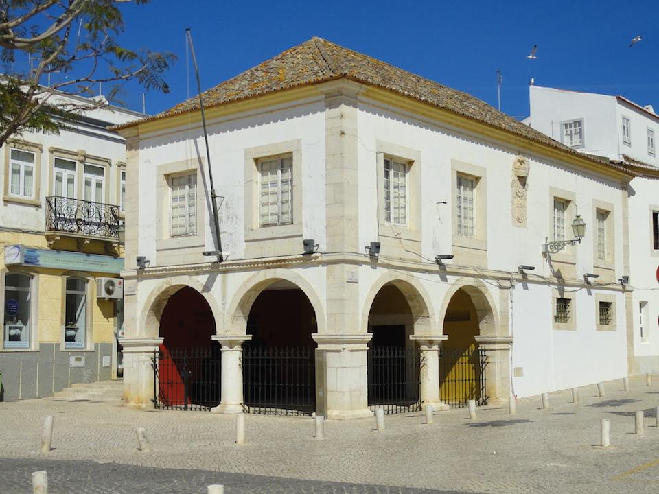 Mercado dos Escravos.jpg