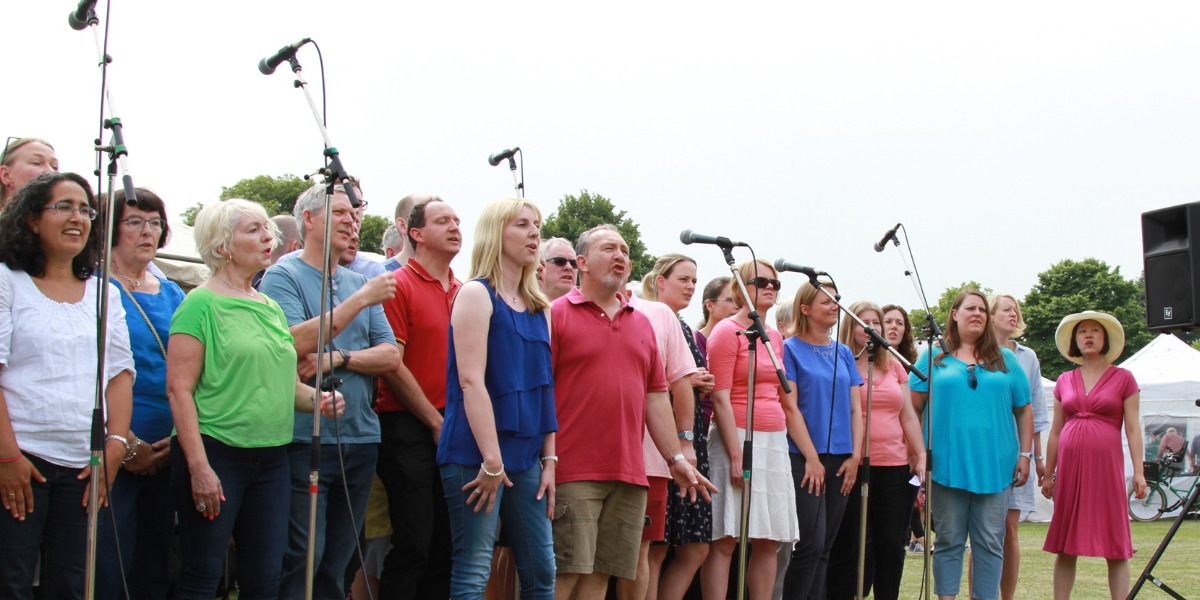 North Kingston Choir - Informal Non Audition Choir Singing Modern Music