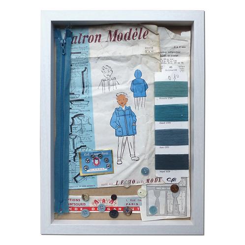 Cadre Shadow Box Vintage Petit Garçon au manteau bleu