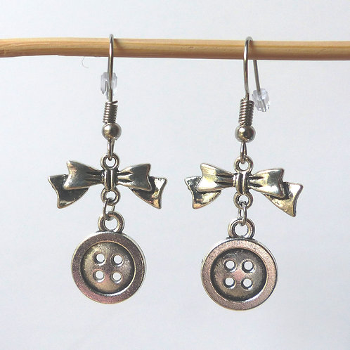 Boucles d'oreilles noeud et bouton
