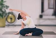 Pilates 26 april-16 veel blur.jpg
