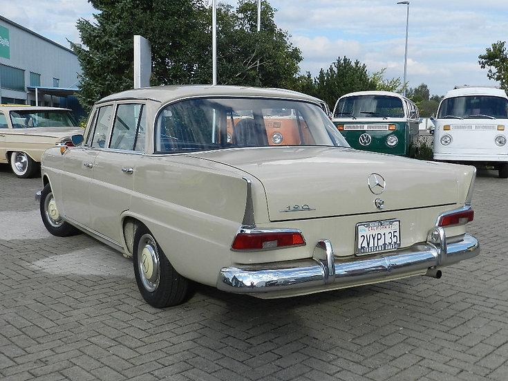 """Mercedes Benz 190 C """"kleine Heckflosse"""" W110 1965"""
