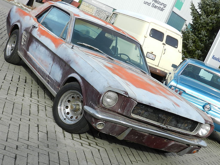 """Ford Mustang Hardtop Coupé V8 """"A-Code"""" mit Sitzbank"""