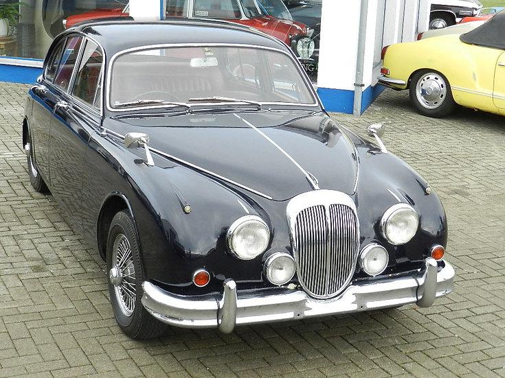 Daimler (GB) V8 250 Saloon 1965