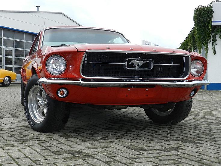 Ford Mustang Hardtop V8 Coupé 1967 begonnene Restauration