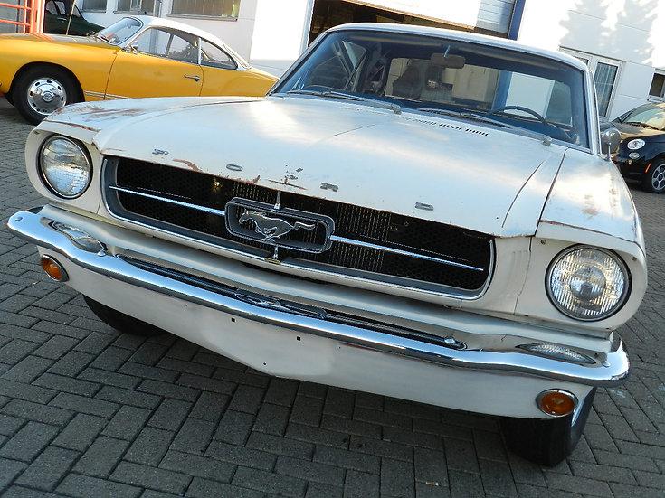 Ford Mustang Hardtop V8 - 4 Gang Schalter 1964 1/2 mit neuen Motor