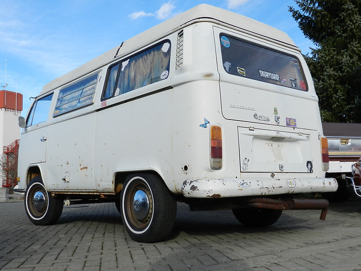 "VW Westfalia Camper T2 a/b ""Zwitter"" im Erstlack 1972"