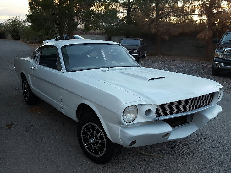 """Ford Mustang Fastback begonnener """"Shelby-Clon"""" 1965"""