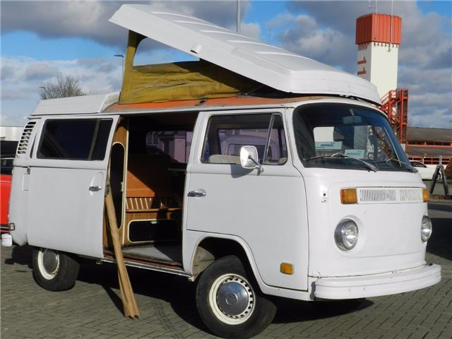 Volkswagen T2 b Westfalia Camper 1973