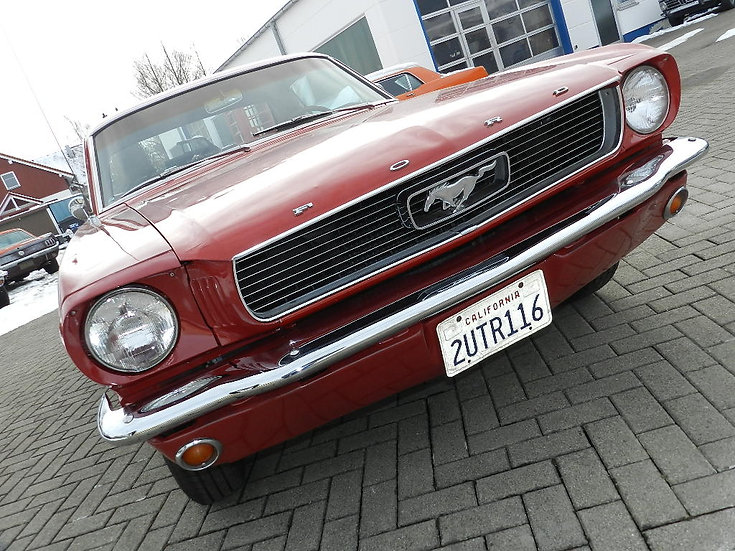"Ford Mustang Coupe ""C-Code"" V8 mit Pony Interior"