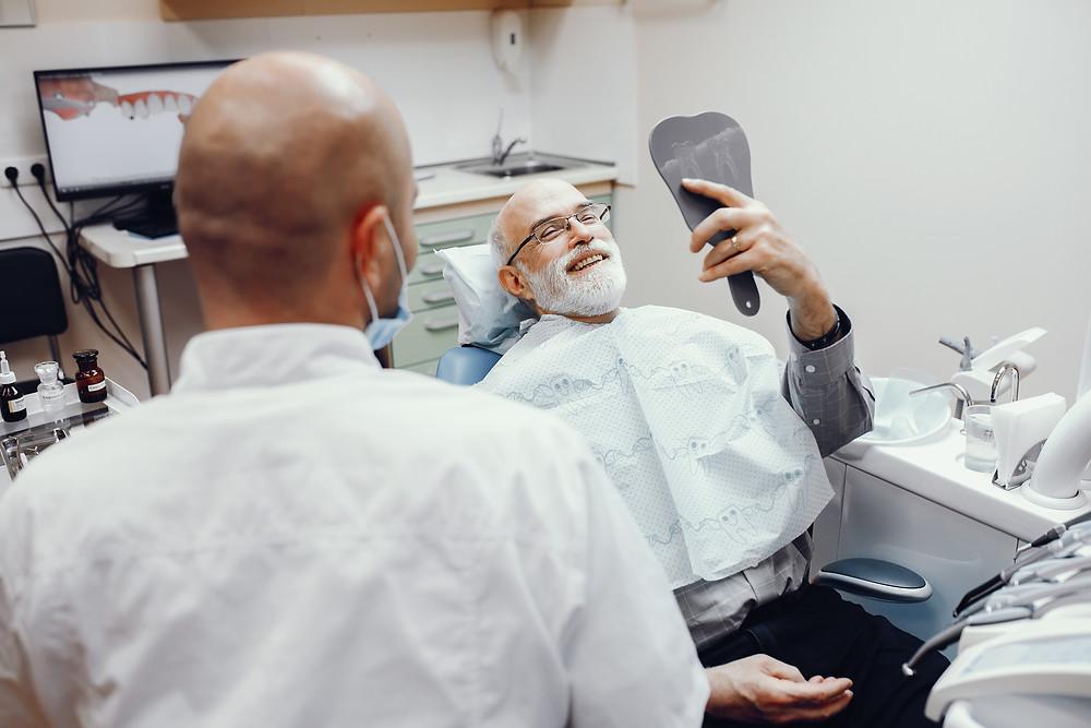 Avez-vous besoin d'un implant pour chaque dent perdue?