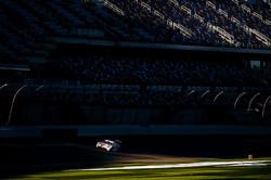 Porsche on the main stretch_