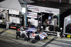 Porsche pitstop_