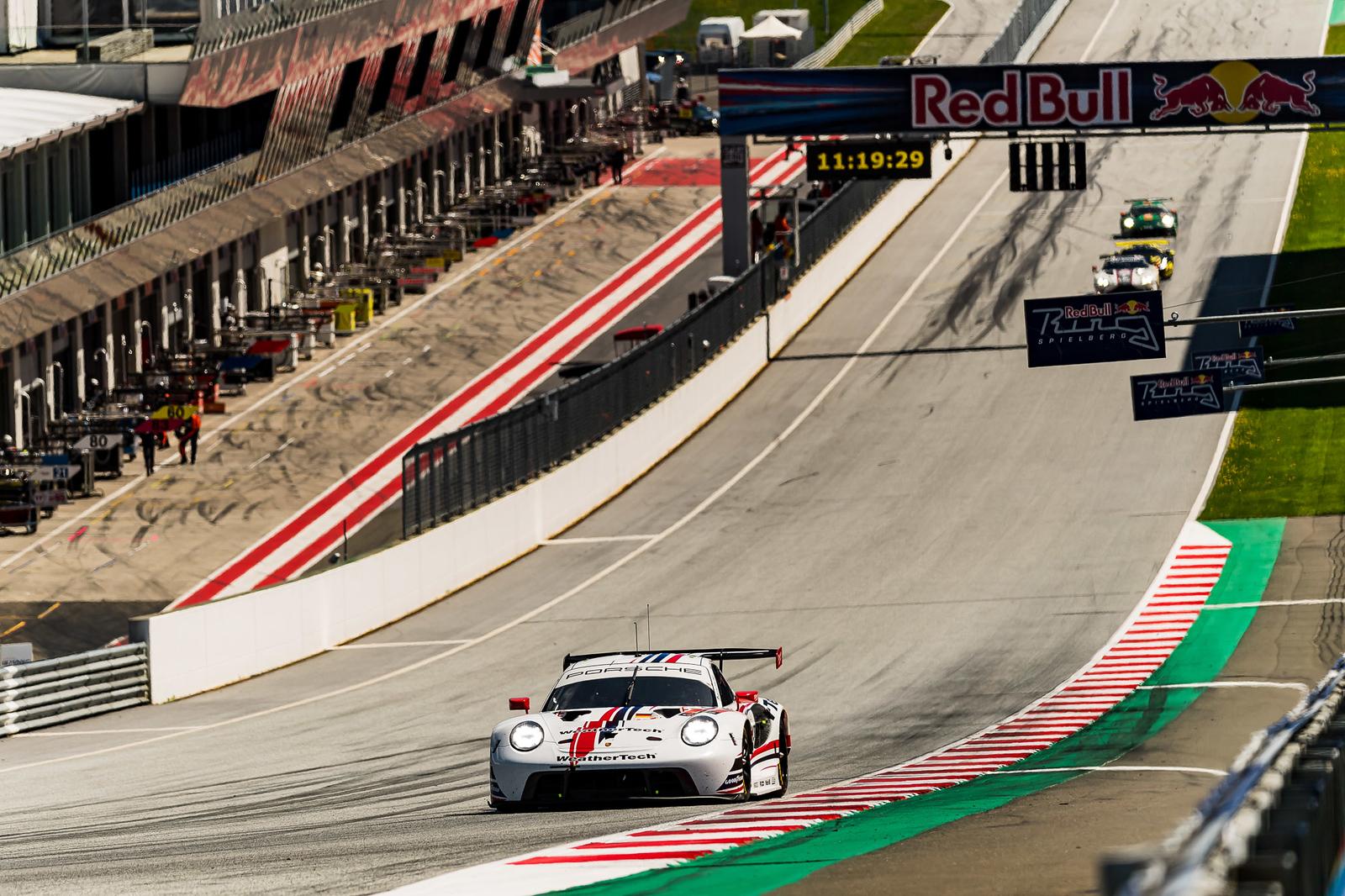 Porsche at the starting line.