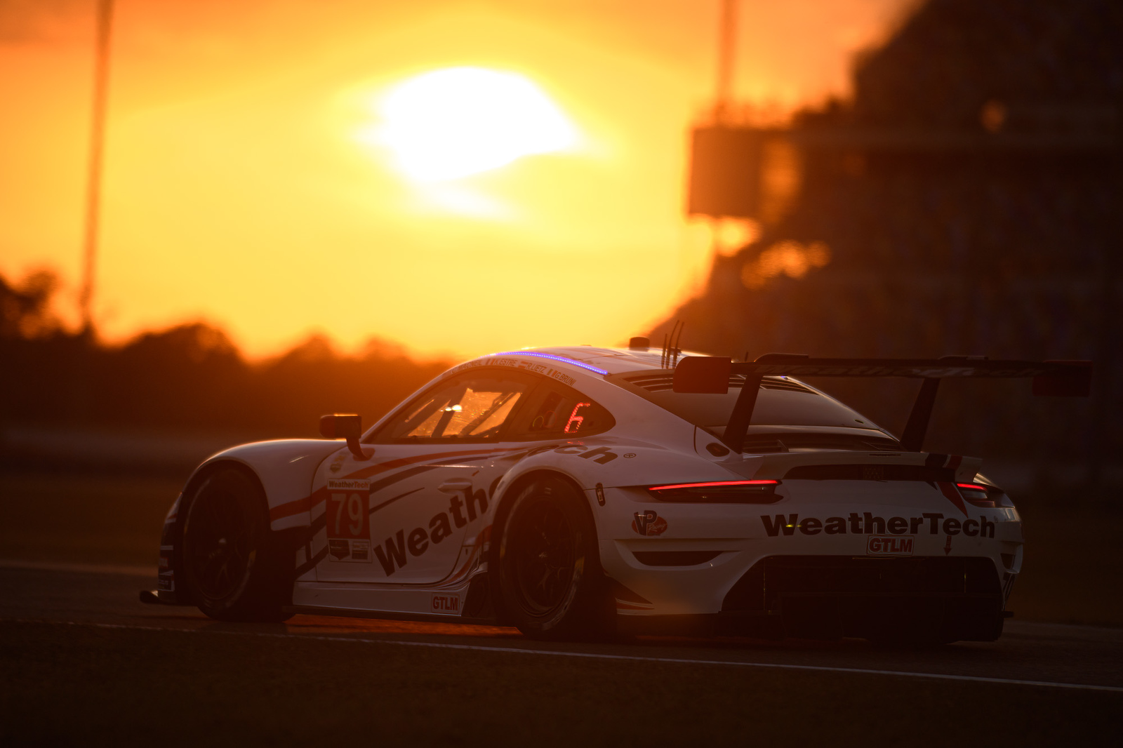 Porsche at sunrise_