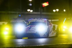 Porsche at night_