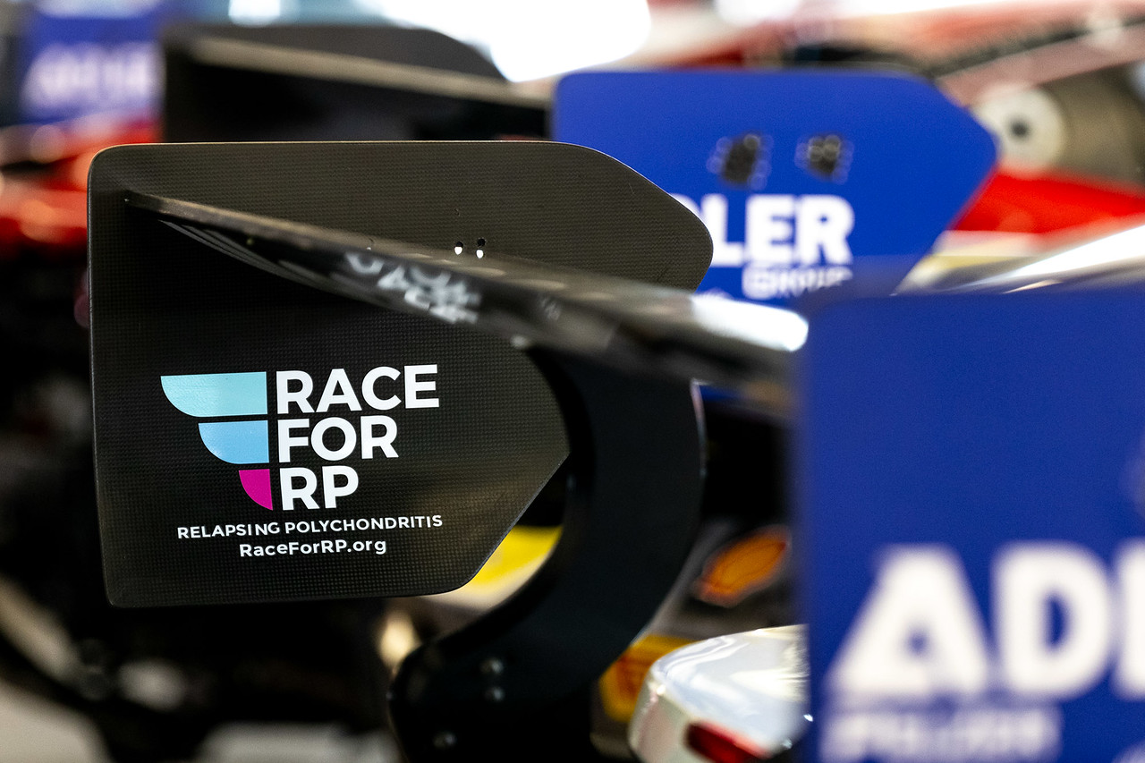 Race for RP decal on spoiler.